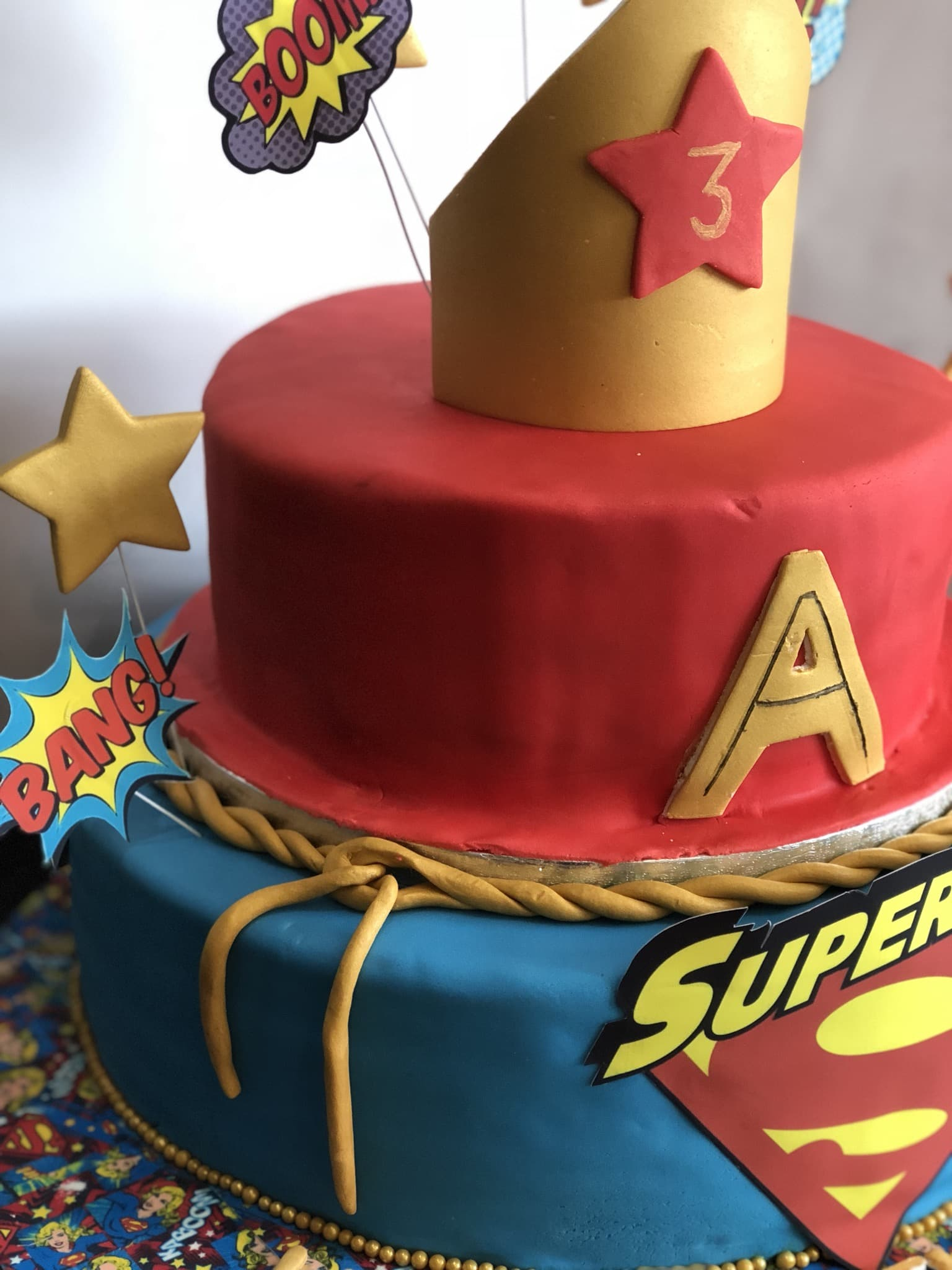 Swell Supergirl Cake By Tempting Sweet Treats Find The Cake Funny Birthday Cards Online Elaedamsfinfo
